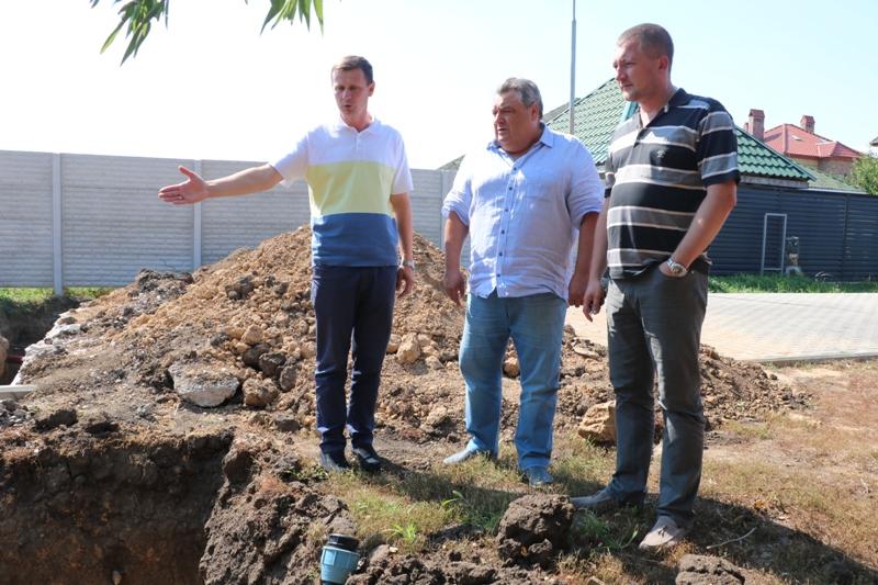 У Таїровській громаді переймаються фонтаном та водою для Червоного хутора