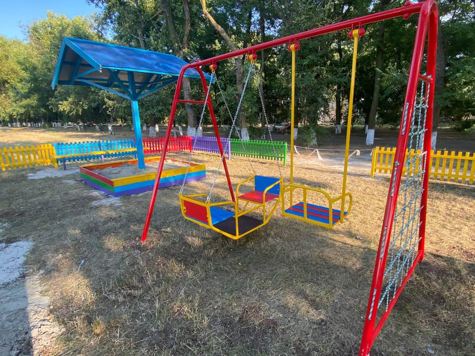 Містечко на Одещині цьогоріч збагатилося на дев'ять дитячих майданчиків